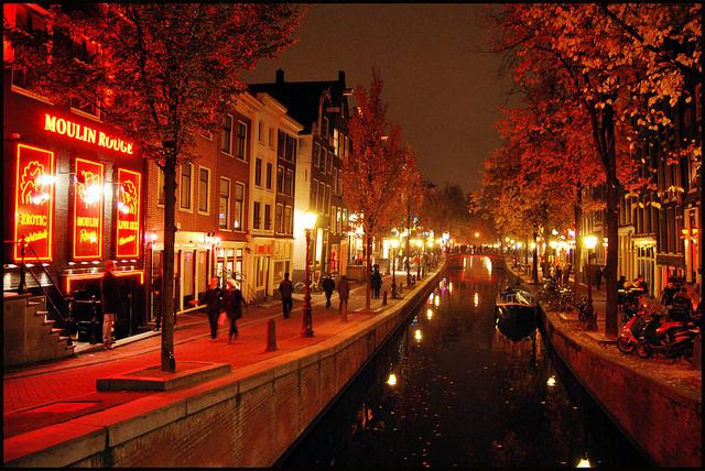 Espectáculos subidos de tono en el Barrio Rojo de Ámsterdam