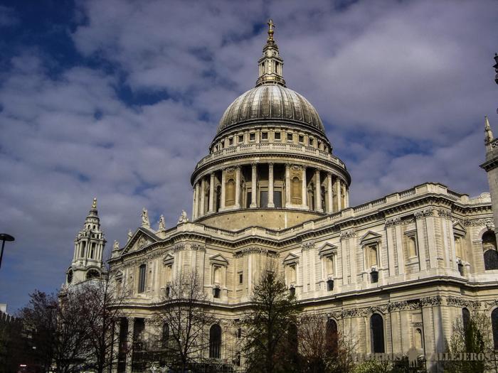 LONDRES 470