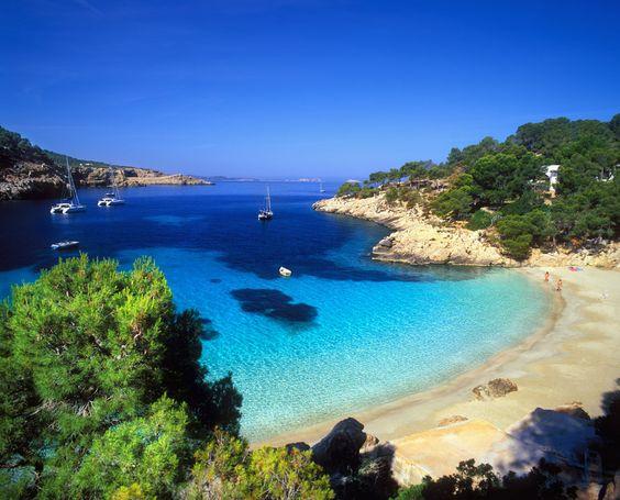 Top 5: Pisa las playas más bonitas de España